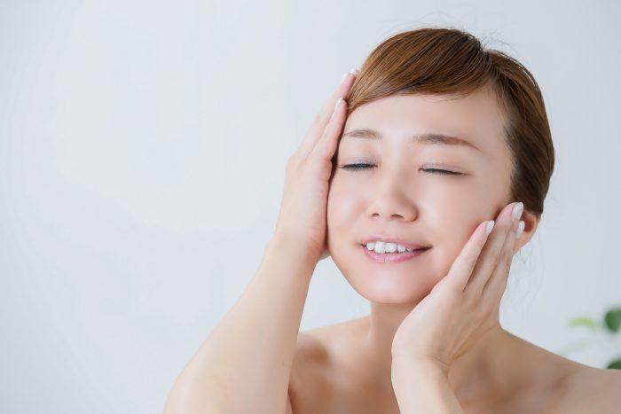 顔の産毛はどれくらいのサイクルで生えるの?毛周期は、顔や体の部位によって長さが違うんです。