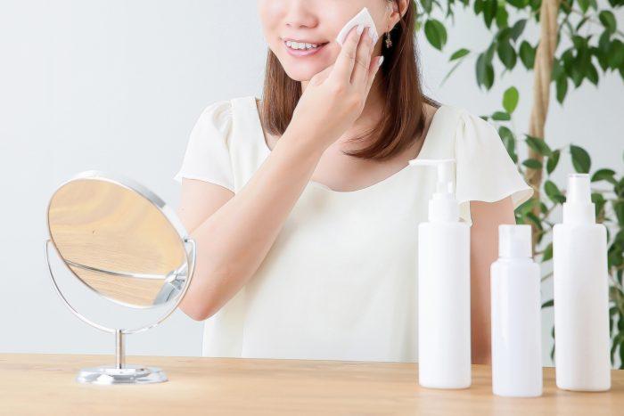 顔の産毛を剃った後の保湿・ケア方法は?
