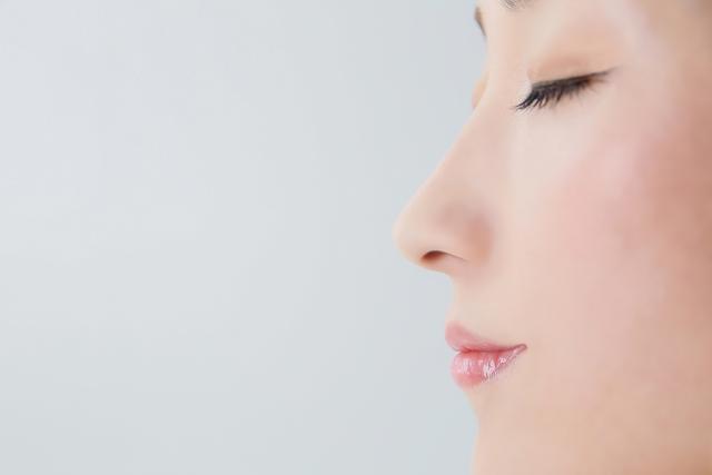 ブラウンクレンジングブラシは、手洗い洗顔のなんと6倍の洗浄力がある